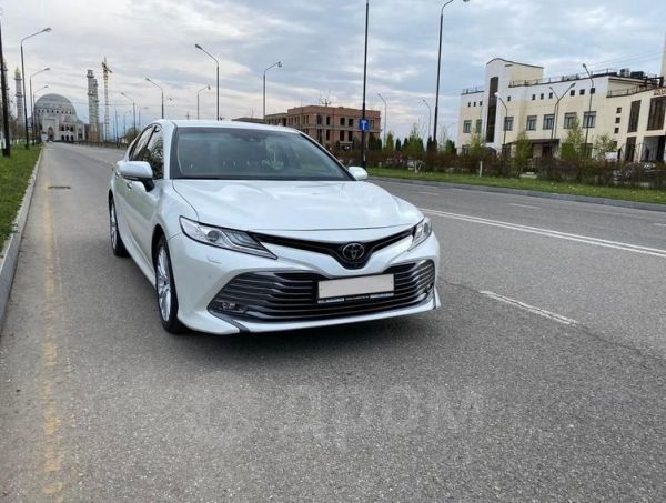 Toyota Camry, 2019 год, 2 200 000 руб.