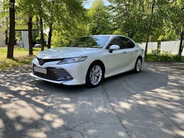 Toyota Camry, 2020 год, 2 400 000 руб.