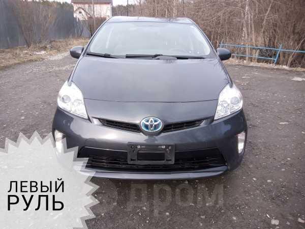 Toyota Prius, 2015 год, 1 075 000 руб.