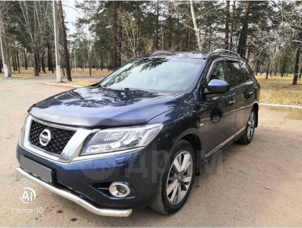 Nissan Pathfinder, 2015 год, 1 300 000 руб.