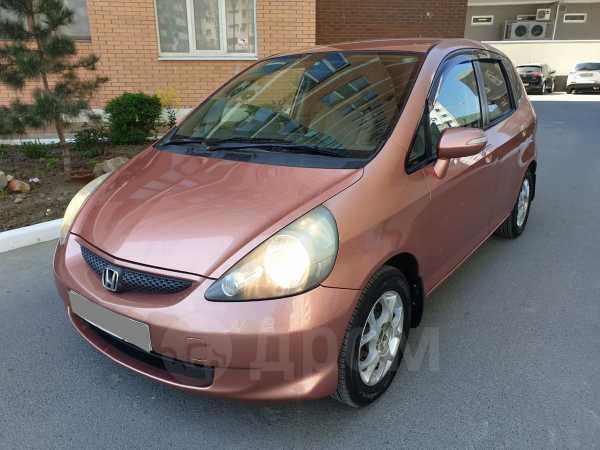 Honda Fit, 2004 год, 245 000 руб.