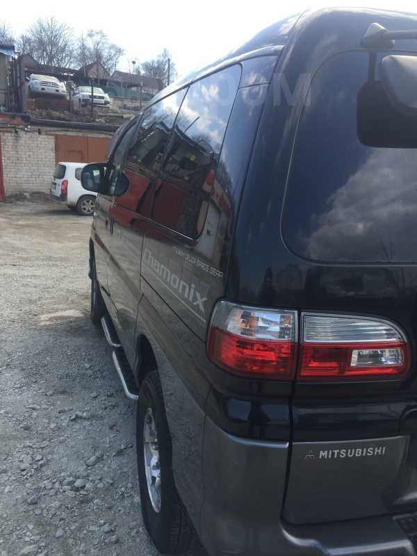 Mitsubishi Delica, 2002 год, 280 000 руб.