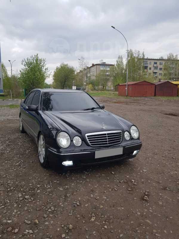 Mercedes-Benz E-Class, 2000 год, 550 000 руб.