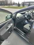 Toyota Prius a, 2011 год, 900 000 руб.