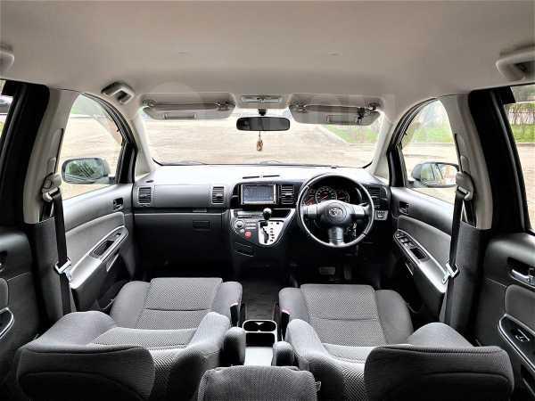 Toyota Wish, 2006 год, 637 000 руб.