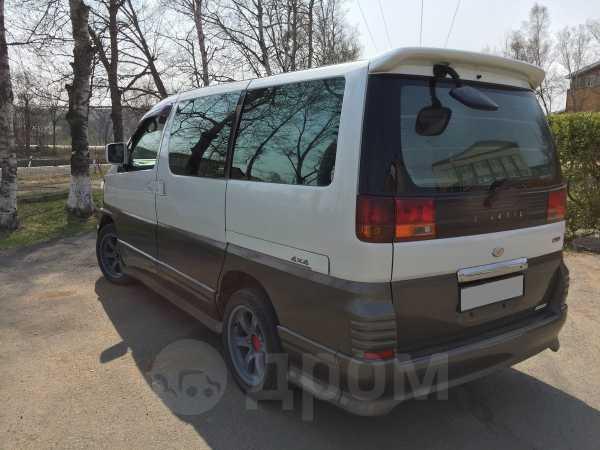 Nissan Elgrand, 2000 год, 330 000 руб.