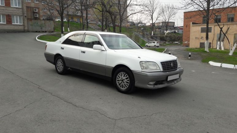 Toyota Crown, 2000 год, 379 000 руб.