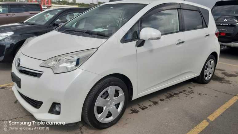 Toyota Ractis, 2011 год, 658 000 руб.