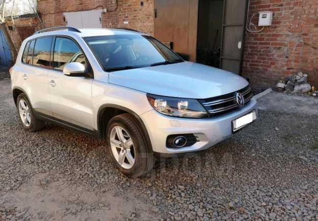 Volkswagen Tiguan, 2011 год, 550 000 руб.