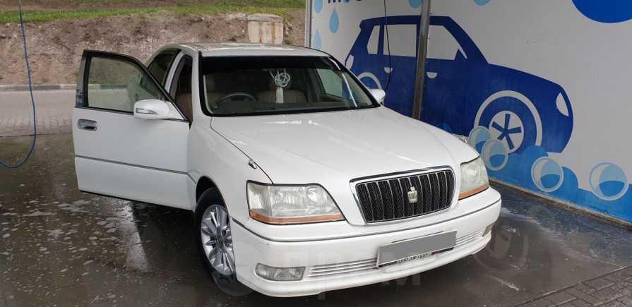 Toyota Crown Majesta, 2002 год, 500 000 руб.