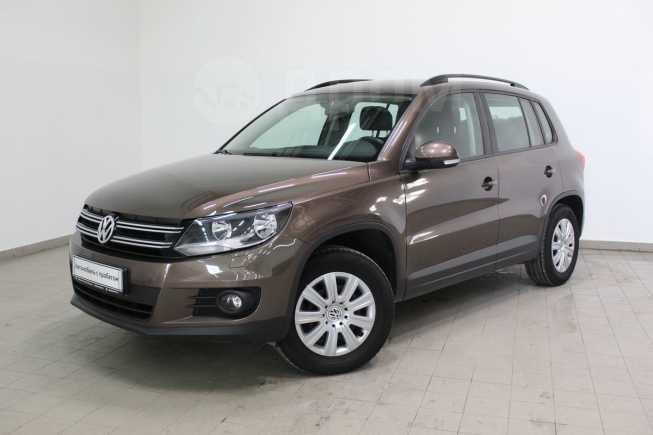 Volkswagen Tiguan, 2015 год, 919 000 руб.