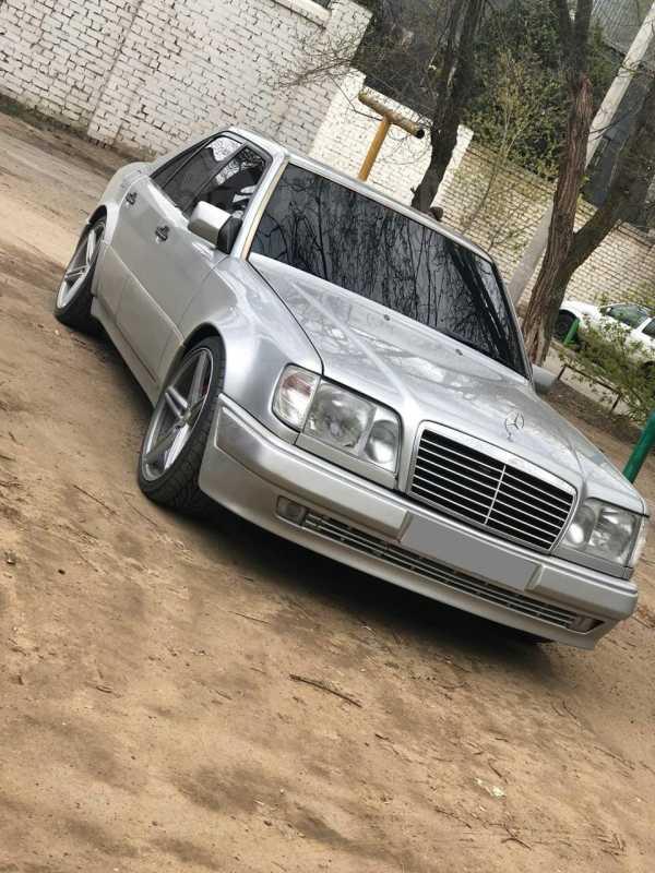 Mercedes-Benz C-Class, 1993 год, 500 000 руб.