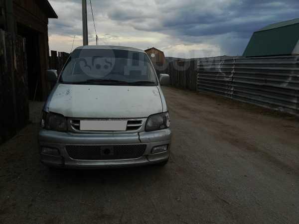 Toyota Town Ace Noah, 2001 год, 220 000 руб.