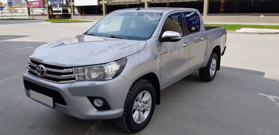 Toyota Hilux Pick Up, 2015 год, 1 450 000 руб.