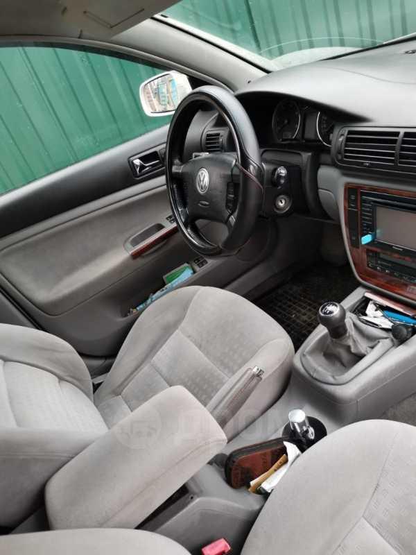 Volkswagen Passat, 2003 год, 300 000 руб.
