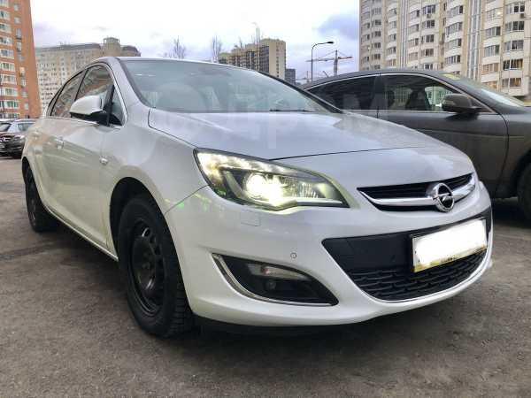 Opel Astra, 2015 год, 700 000 руб.