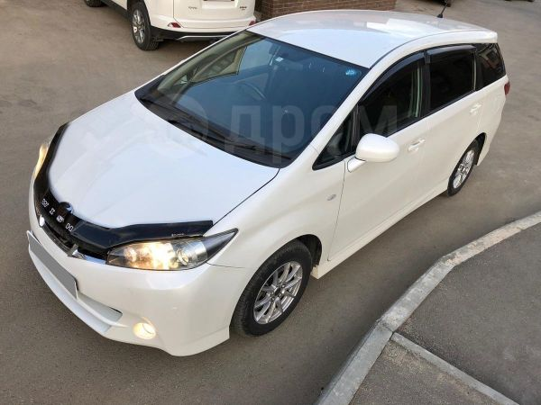 Toyota Wish, 2010 год, 783 000 руб.