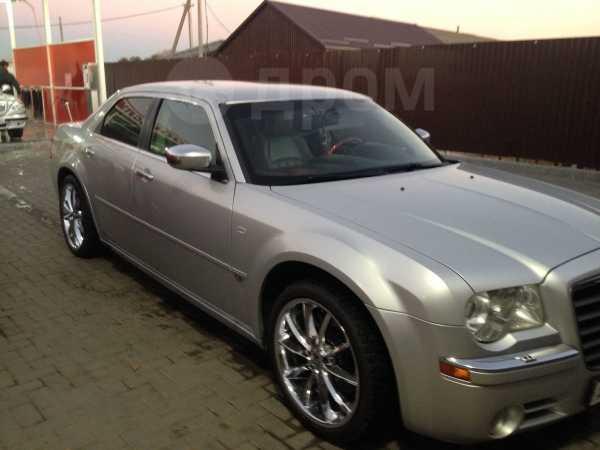 Chrysler 300C, 2005 год, 665 000 руб.