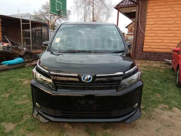 Toyota Voxy, 2015 год, 1 575 000 руб.
