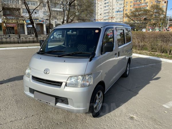 Toyota Town Ace, 2010 год, 510 000 руб.