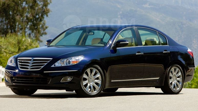 Hyundai Genesis, 2010 год, 1 000 000 руб.