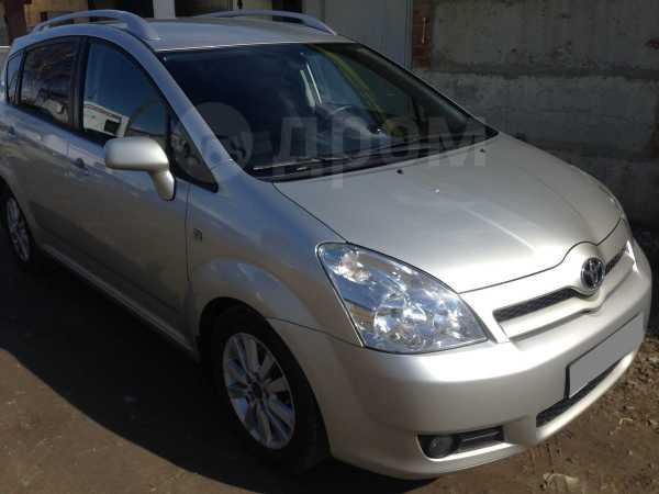 Toyota Corolla Verso, 2007 год, 560 000 руб.