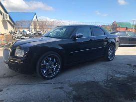 Новороссийск Chrysler 300C 2006