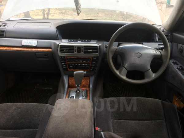 Nissan Gloria, 2000 год, 150 000 руб.