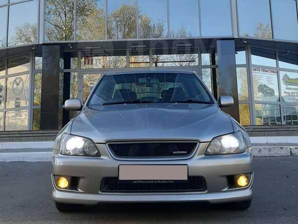 Toyota Altezza, 2001 год, 530 000 руб.