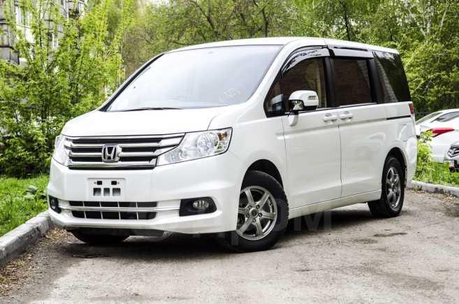 Honda Stepwgn, 2014 год, 1 110 000 руб.