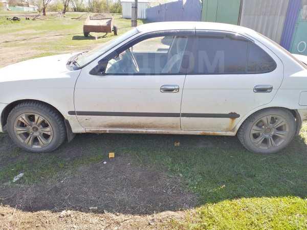 Nissan Sunny, 2001 год, 45 000 руб.