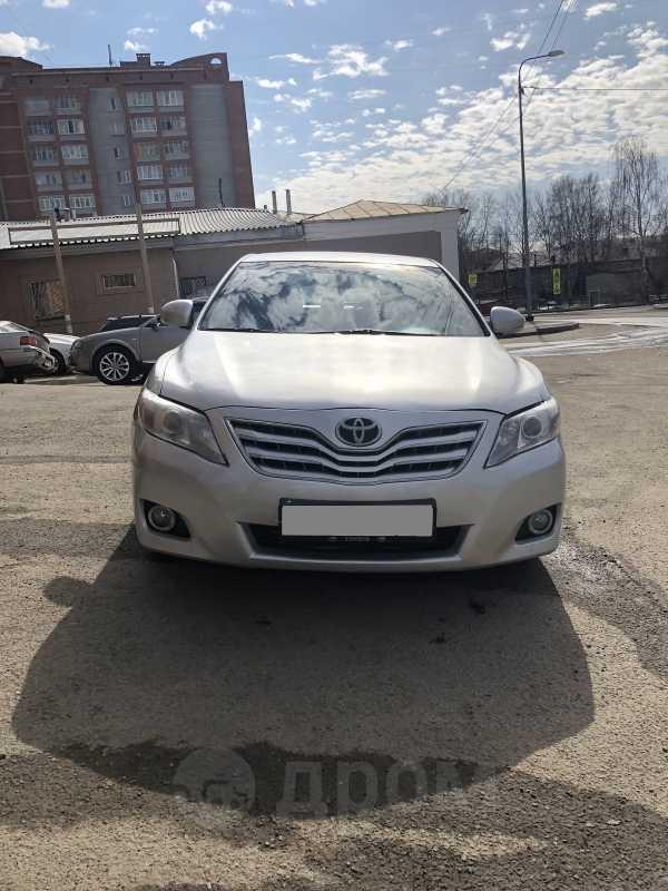 Toyota Camry, 2011 год, 549 000 руб.