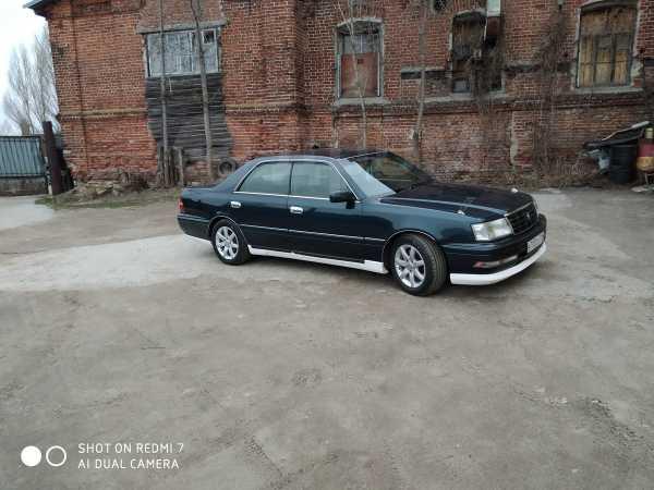 Toyota Crown, 1997 год, 385 000 руб.
