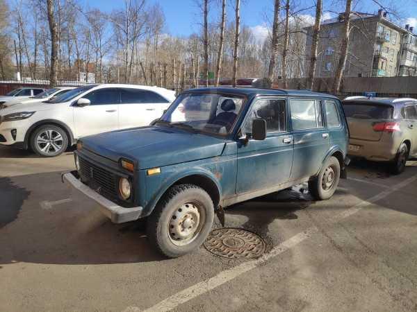 Лада 4x4 2131 Нива, 2001 год, 150 000 руб.