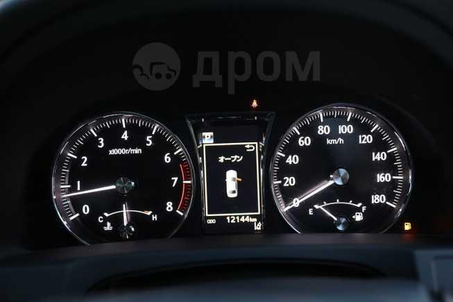 Toyota Crown, 2017 год, 2 199 000 руб.