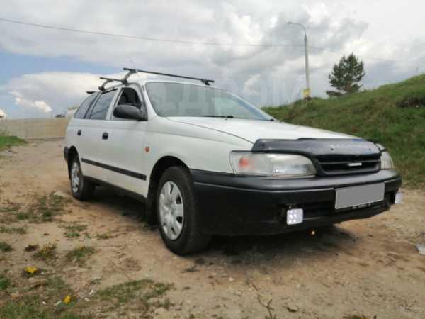 Toyota Caldina, 2000 год, 225 000 руб.