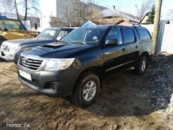 Toyota Hilux Pick Up, 2014 год, 850 000 руб.