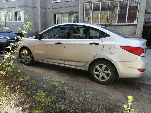 Hyundai Solaris, 2012 год, 320 000 руб.