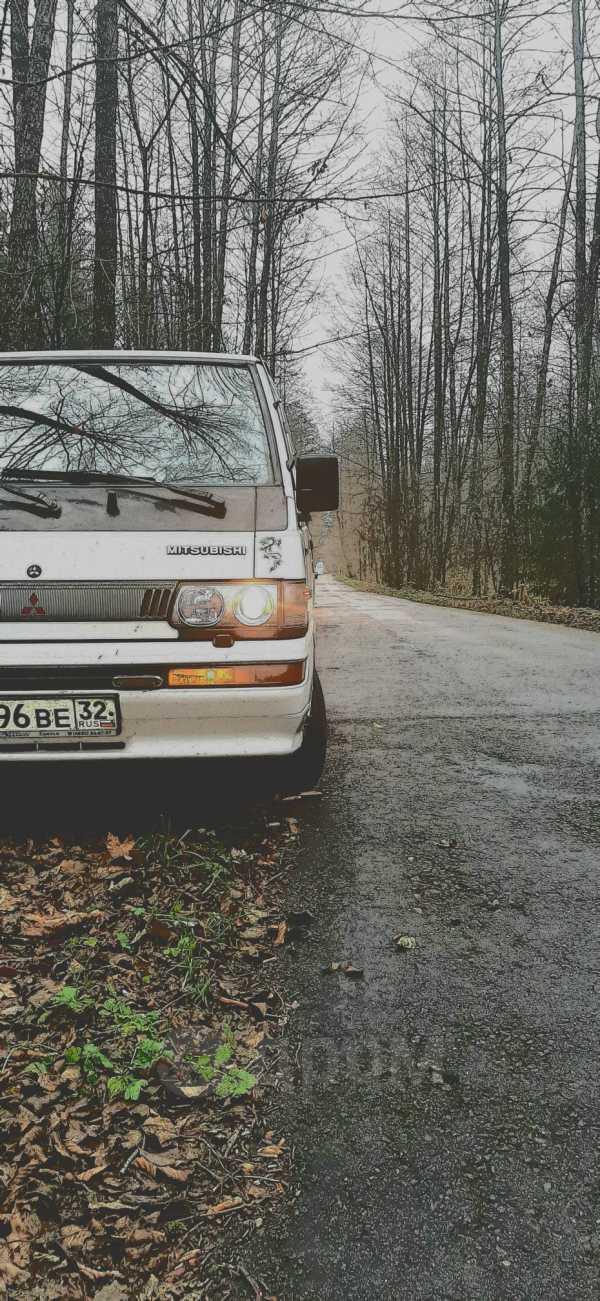 Mitsubishi L300, 1993 год, 140 000 руб.