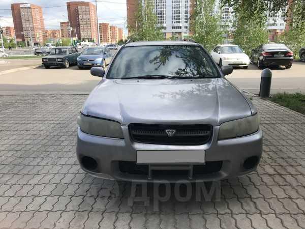 Nissan Avenir, 2001 год, 145 000 руб.