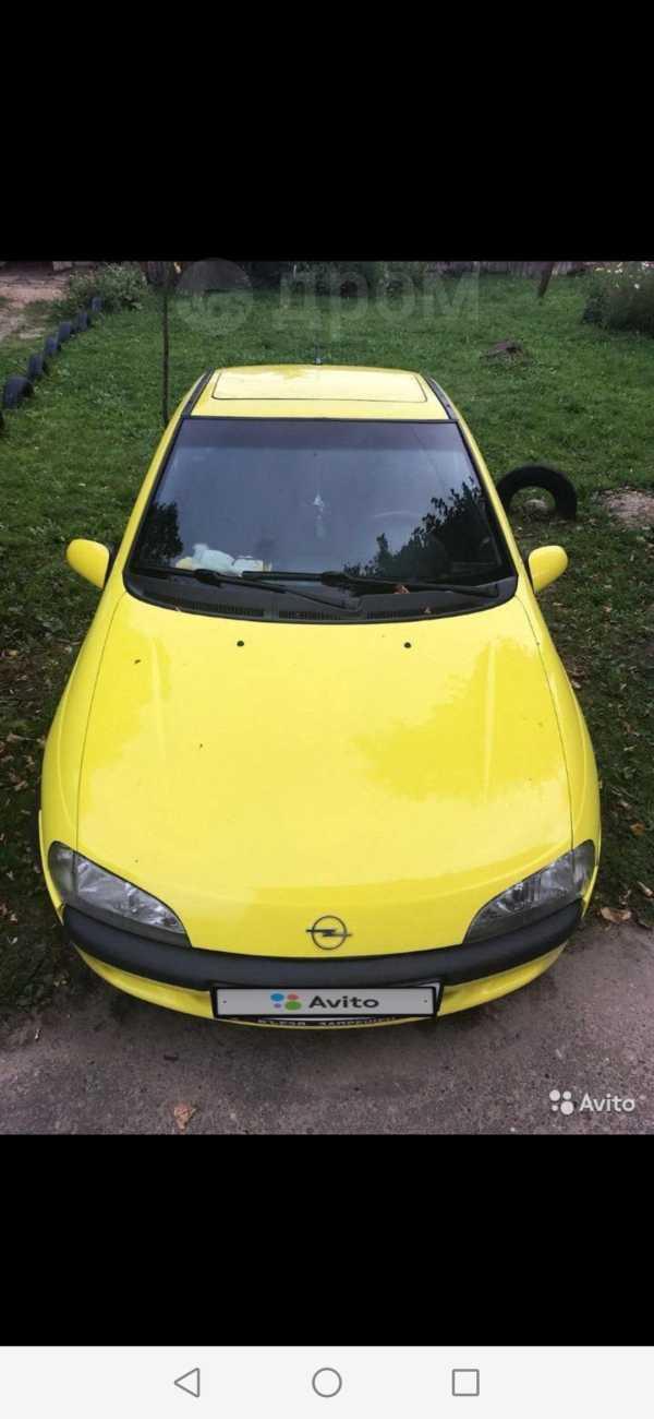 Opel Tigra, 1997 год, 157 000 руб.