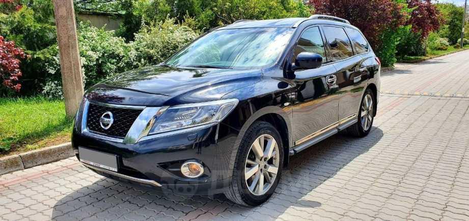 Nissan Pathfinder, 2016 год, 1 260 000 руб.
