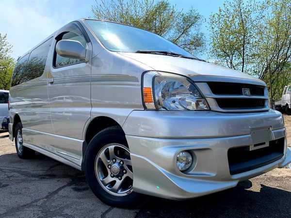 Toyota Hiace Regius, 2001 год, 330 000 руб.