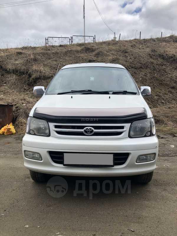 Toyota Town Ace Noah, 2000 год, 500 000 руб.