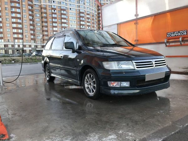Mitsubishi Chariot, 1999 год, 195 000 руб.
