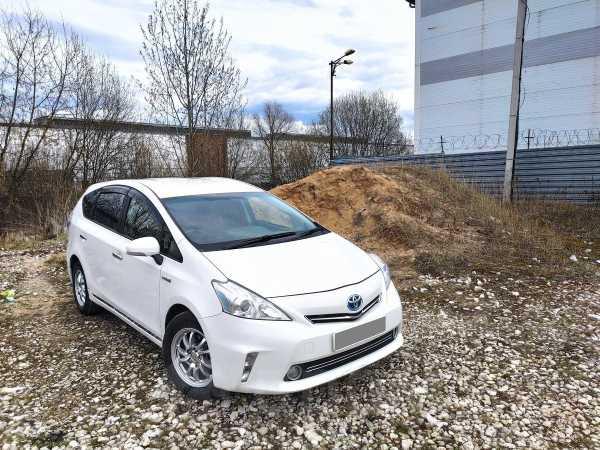 Toyota Prius a, 2011 год, 830 000 руб.