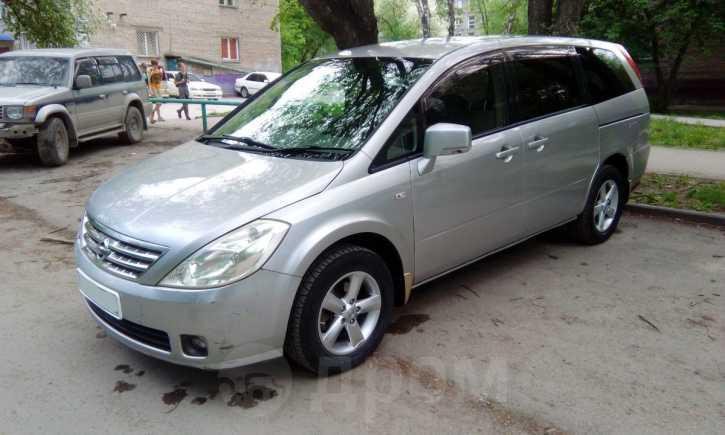Nissan Presage, 2004 год, 495 000 руб.