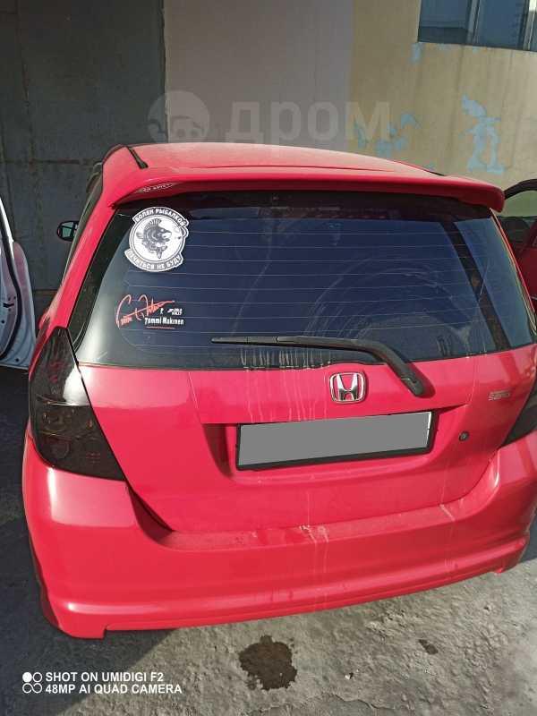 Honda Fit, 2002 год, 210 000 руб.
