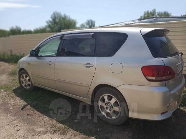 Toyota Ipsum, 2002 год, 285 000 руб.