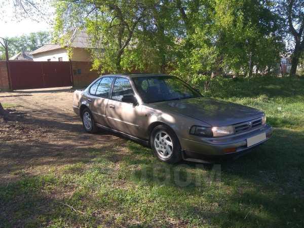 Nissan Maxima, 1990 год, 105 000 руб.